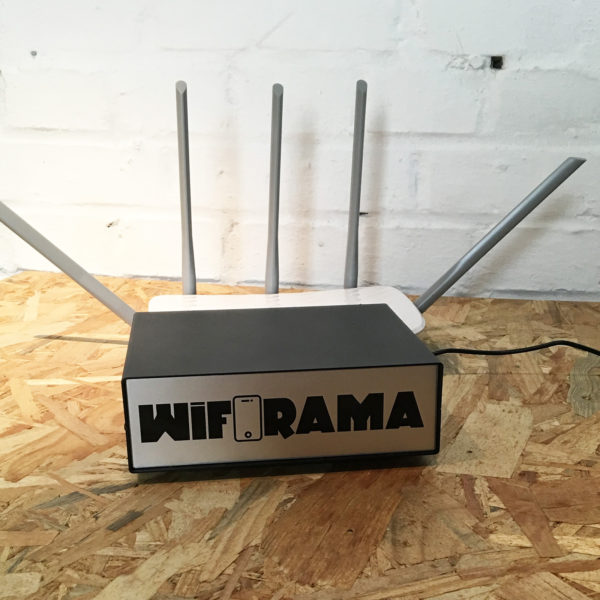 Boitier WIFORAMA + routeur WIFI